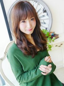 大人女性ふわっふわっ可愛いセミディ☆|JurerBelleのヘアスタイル