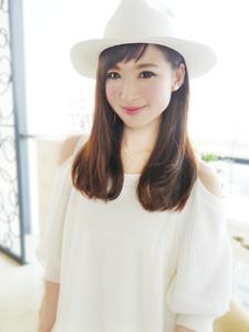 ハットで可愛いセミディ☆|JurerBelleのヘアスタイル
