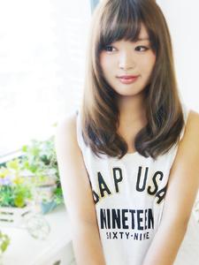 ツヤふわ美髪セミディ☆|JurerBelleのヘアスタイル