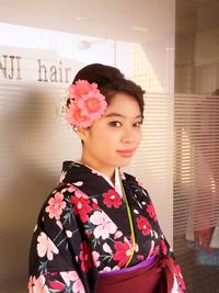 四つ編みまとめ髪アップスタイル!
