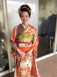 日本髪風成人式まとめ髪アップスタイル