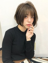 愛され女子のカジュアルショート【k77】 |Lila by afloatのヘアスタイル