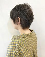 ベージュのカジュアルショート【k108】|Lila by afloatのヘアスタイル