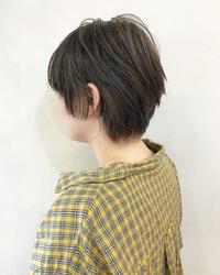 ベージュのカジュアルショート【k108】