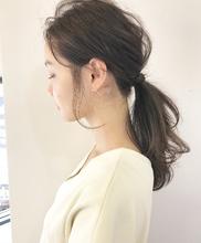 ラフに愛されポニー【k137】|Lila by afloatのヘアスタイル