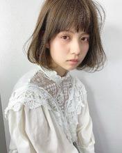 フェミニン柔らかシアーボブ【k240】|Lila by afloatのヘアスタイル