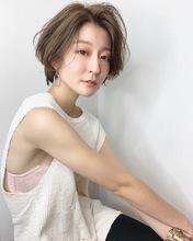 大人可愛いショートボブ【k306】|Lila by afloatのヘアスタイル