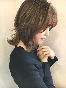 綺麗シルエットレイヤー Lila by afloatのヘアスタイル