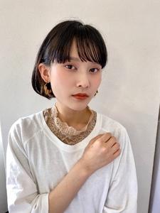 耳掛けミニボブ【s40】 Lila by afloatのヘアスタイル