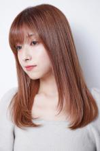 シフォン仕立てのさらツヤ髪でパサつく毛先にさようなら|Lila by afloatのヘアスタイル