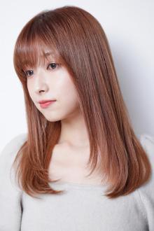 シフォン仕立てのさらツヤ髪でパサつく毛先にさようなら Lila by afloatのヘアスタイル