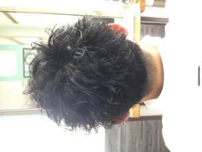 ショートスパイラル|Loco Styleのヘアスタイル