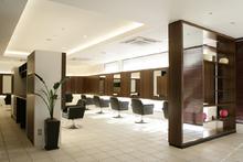 luxe 加須店 | 加須駅徒歩3分 ホテルのようなラグジュアリー感覚の美容室 リュクス カゾ のイメージ