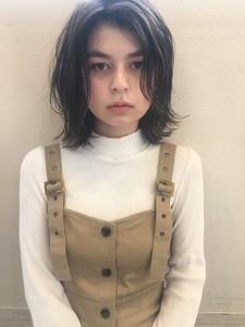 切りっぱなし外ハネボブ|Maria by afloatのヘアスタイル