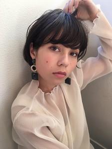 小顔ショートフェミニンボブ|Maria by afloatのヘアスタイル