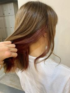 トレンド インナーカラー ベリーピンク|Maria by afloatのヘアスタイル