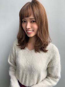 【山田】 ヘルシーレイヤーくびれ外ハネミディ|Maria by afloatのヘアスタイル