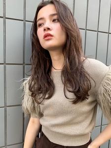 【山田】 センターバング無造作カールブランジュ|Maria by afloatのヘアスタイル