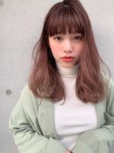 アフロート ピンクベージュゆるふわセミディ|Maria by afloatのヘアスタイル