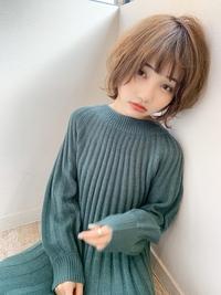 小顔なマッシュショート 毛先パーマで簡単スタイリング