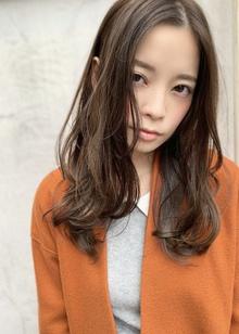 デジタルパーマロング ことりベージュな毛先パーマ|Maria by afloatのヘアスタイル