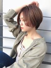 襟足すっきりハンサムショート|Maria by afloat 上田 ヒロツグのヘアスタイル