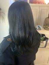 【お客様スタイル】ブリーチ必須!ブルーブラック|Maria by afloatのヘアスタイル