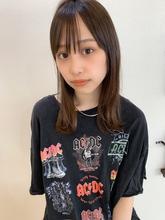 ぱつっと外ハネシースルーミディy125|Maria by afloatのヘアスタイル