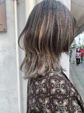 お客様スタイル☆ホワイトミルクティーレイヤーウルフ|Maria by afloatのヘアスタイル
