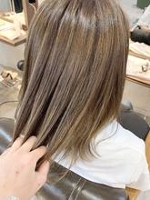 お客様スタイル☆たっぷり細かめハイライトシアベージュ|Maria by afloatのヘアスタイル