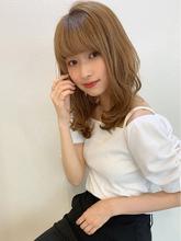 ヘルシーレイヤー小顔ひし形シアベージュミディy139|Maria by afloatのヘアスタイル