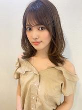 流しシースルーバングレイヤーくびれミディy143|Maria by afloatのヘアスタイル