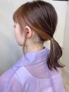 アレンジしてもかわいいインナーカラーミディy157 Maria by afloatのヘアスタイル