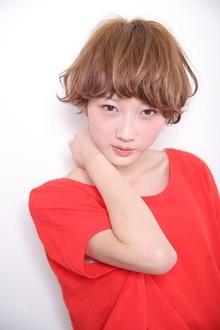 ショートクリーム MASHU 北堀江店のヘアスタイル