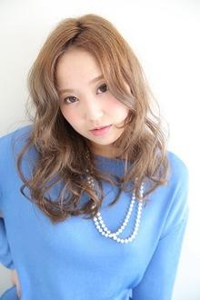 ミディアムフレンチカール MASHU 北堀江店のヘアスタイル