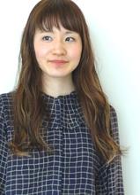 フリンジバングとスポンテニアスカラー|MASHU 北堀江店のヘアスタイル