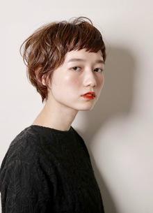 耳かけ大人ショート|MASHU 北堀江店のヘアスタイル