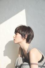 セミウェットの大人ショート|MASHU 北堀江店のヘアスタイル