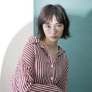 シースルーバング 大人の抜け感外ハネボブ|MASHU 北堀江店のヘアスタイル