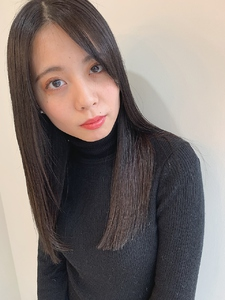 黒髪美髪|MASHU あべのnini店のヘアスタイル
