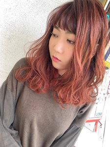 赤を前面に出したツヤツヤダブルカラー^_^ MEGAMI BeautyShop 西淀川区 塚本店のヘアスタイル