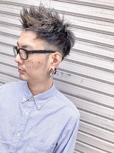 メンズカラーもデザインしてよりオシャレに^_^|MEGAMI 美容室 西淀川区 塚本店のヘアスタイル