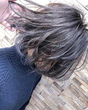 うっすらグリーンさを感じるグレー系カラー^_^|MEGAMI 美容室 西淀川区 塚本店のヘアスタイル