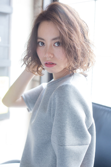 大人ヌーディボブ MINX 青山店のヘアスタイル