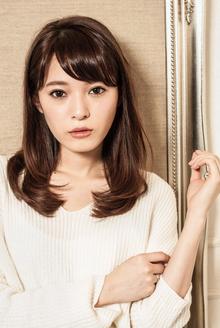 桐谷美玲風のナチュラルワンカールセミロング|MINX 青山店のヘアスタイル