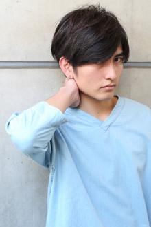 重めバングのナチュラルモードマッシュ|MINX 青山店のヘアスタイル