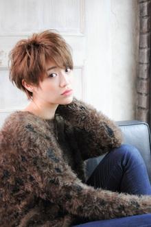 ハイトーングラムショート|MINX 青山店のヘアスタイル