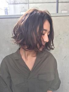 切りっぱなしニュアンスボブ|MINX 青山店のヘアスタイル