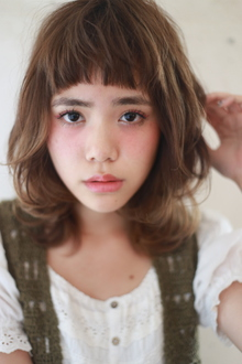小顔愛されレイヤーミディ|MINX 青山店のヘアスタイル