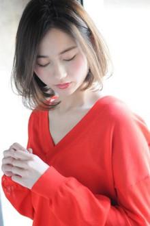 ワンカールでつくる大人のシフォンボブ|MINX 青山店のヘアスタイル